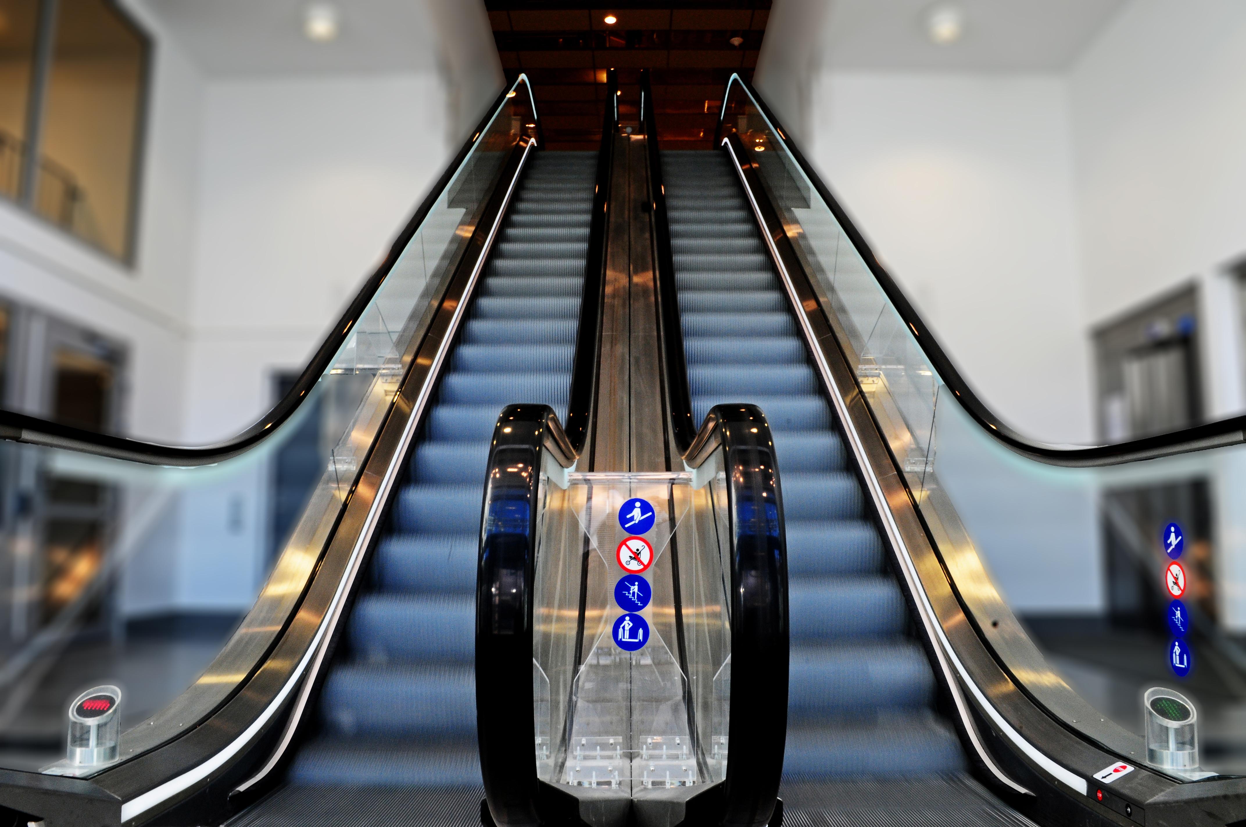Mantenimiento a elevadores en monterrey reparacion de for Mantenimiento de albercas monterrey